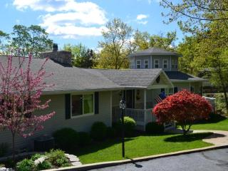 Anchor Inn on the Lake Bed & Breakfast - Branson West vacation rentals