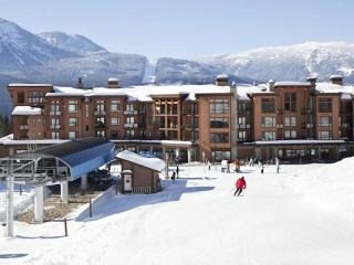 Explore Revelstoke - Skiing, Hiking & Biking Mecca - Revelstoke vacation rentals