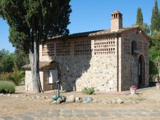 LA CAPANNA near San Gimignano and Volterra - Gambassi Terme vacation rentals