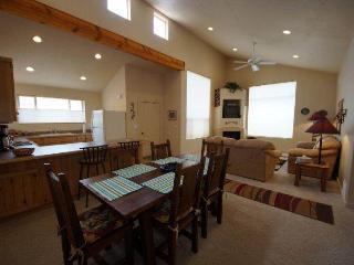 Krystal Kiva ~ K4 - Moab vacation rentals