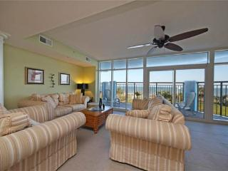 Luxurious Oceanfront 5 Bedroom Condo with Hot Tub at the Ocean Blue Resort - Myrtle Beach vacation rentals