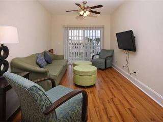 Ocean 7 Luxury Condo with Balcony and Across the Street from the Beach - Myrtle Beach vacation rentals