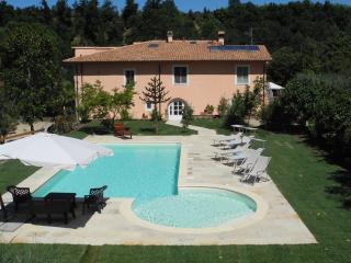 Fattoria I Ciliegi 2 Bedroom Apt (Pool & Tennis) - Castel Focognano vacation rentals