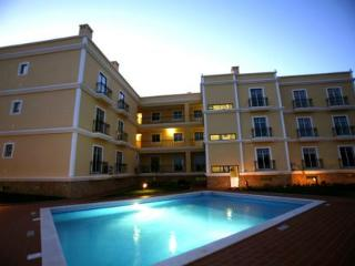 3 Luxury apartments AC/Pool 300 mts from beach - Silves vacation rentals