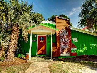 Large beach house,Sleep 15,Shamrock Lodge, Pets ok - Tybee Island vacation rentals