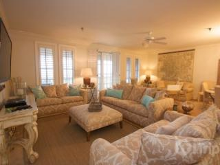 Charming Penthouse with 4 Bedrooms and Pool near Beach - Panama City Beach vacation rentals
