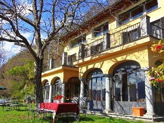 Sunlit villa with superb lake views - Dormelletto vacation rentals