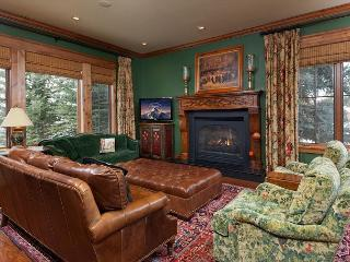 Fantastic for family & friends! Luxury setting right in Town - Jackson vacation rentals