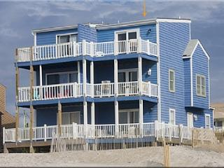 Blue House, 2334-2 New River Inlet Rd, North Topsail Beach, NC, SAVE UP TO $190!!! - North Topsail Beach vacation rentals