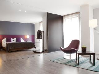 Chic 2 Bedroom Apartment in Parque 93 - Bogota vacation rentals