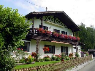 LLAG Luxury Vacation Apartment in Grainau - 936 sqft, nice, quiet, cozy (# 3813) - Schwangau vacation rentals