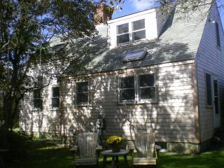 Nantucket - Sweet two bedroom cottage!  (10447) - Nantucket vacation rentals