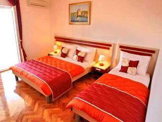 Apartments Jozo - 10921-A3 - Podstrana vacation rentals