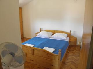 Rooms Matko - 20021-S2 - Sibenik-Knin County vacation rentals