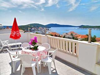 Apartments Branislav - 21811-A2 - Cove Stivasnica (Razanj) vacation rentals