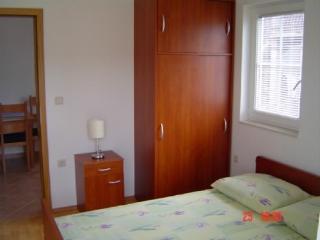 Apartments Petar - 31351-A2 - Cove Jagodna (Sveta Nedjelja) vacation rentals