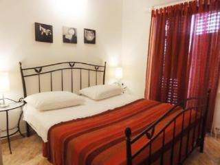 Apartments Gorana - 31841-A4 - Jelsa vacation rentals