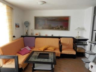 Apartments Sonja - 31901-A1 - Zivogosce vacation rentals