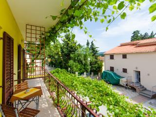Apartments Anita - 33431-S2 - Vrboska vacation rentals