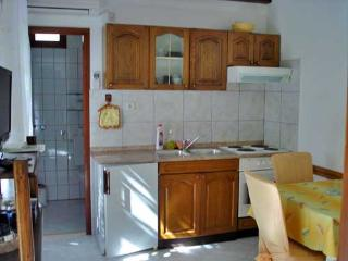 Apartments Vojka - 34581-A1 - Milna vacation rentals