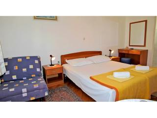 Apartments Slobodanka - 36121-A3 - Makarska vacation rentals