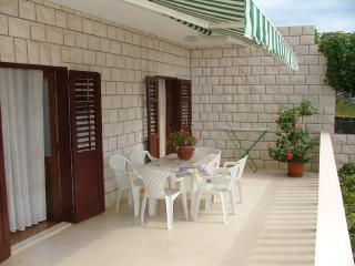Apartments Darka - 38691-A5 - Bol vacation rentals