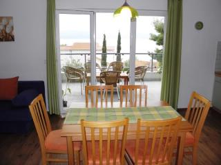 Apartments Siniša - 40751-A2 - Lokva Rogoznica vacation rentals
