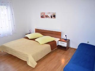 Apartments Joze - 41021-A3 - Zivogosce vacation rentals