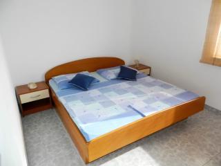 Apartments Jakir - 51281-A1 - Orebic vacation rentals