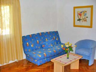Apartments Marinović - 51591-A2 - Molunat vacation rentals