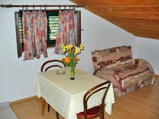 Apartments Marinović - 51591-A5 - Molunat vacation rentals