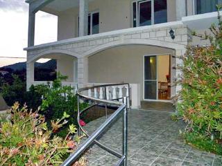 Apartment Veseljko - 51761-A1 - Prizba vacation rentals