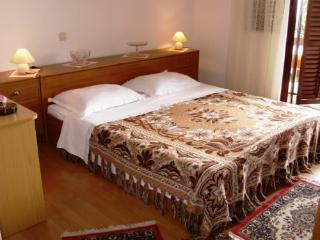 Apartment and Rooms Lina - 60061-S1 - Icici vacation rentals