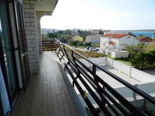 Apartments Tea - 60461-A1 - Lun vacation rentals
