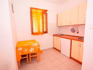 Apartments Nikolina - 60721-A4 - Palit vacation rentals