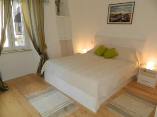 Rooms Ljubomir - 67852-S2 - Island Cres vacation rentals