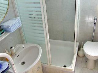 Apartments Merima - 71071-A1 - Liznjan vacation rentals