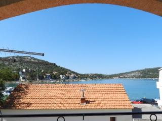 Apartments Ivan - 13761-A2 - Tisno vacation rentals