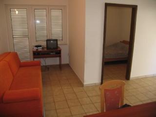 Apartments Ivan - 23471-A3 - Mandre vacation rentals