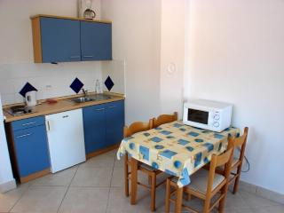 Apartments Ante - 32271-A3 - Seget Vranjica vacation rentals