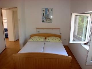 Apartments Ante - 32271-A4 - Seget Vranjica vacation rentals
