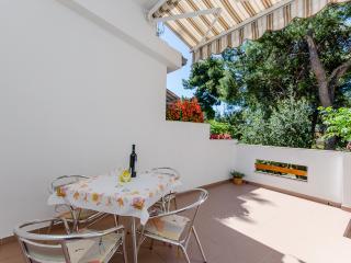 Apartments Antun - 33181-A2 - Ivan Dolac vacation rentals