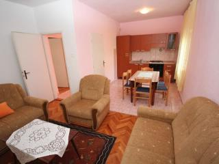 Apartments Stjepan - 38411-A3 - Rudina vacation rentals