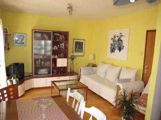 Apartment Zorka - 39881-A1 - Makarska vacation rentals