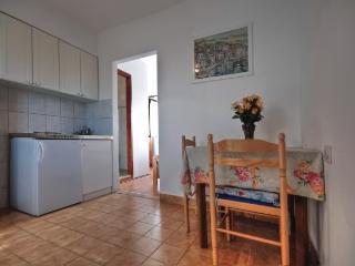 Apartments Igor - 42571-A4 - Stari Grad vacation rentals