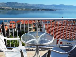 Apartments Zdravka - 42591-A1 - Island Ciovo vacation rentals