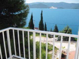 Apartments Stipe - 51731-A5 - Komarna vacation rentals