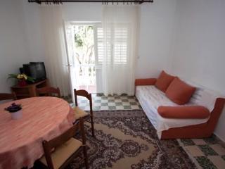 Apartments Ankica - 65601-A2 - Lun vacation rentals