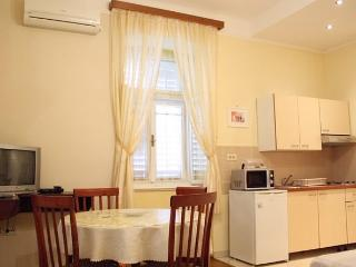 Apartments Serđo - 65862-A2 - Brsecine vacation rentals