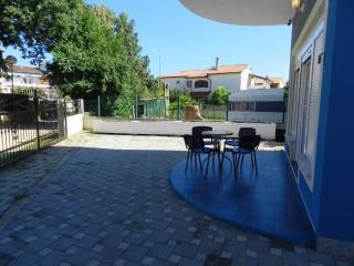 Apartments Nikola - 75031-A1 - Medulin vacation rentals